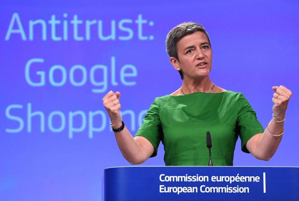 Mme Margrethe Vestager, commissaire européenne à la concurrence, qui donne du fil à retordre à Google