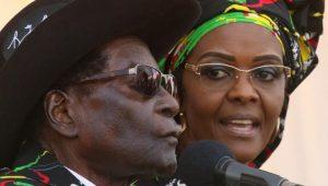 Le sulfureux couple Grace et Robert Mugabe, qui considèrent le Zimbabwe comme leur propriété privée