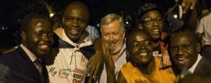 Zimbabwe : la population laisse éclater sa joie, à l'annonce de l'incroyable nouvelle de la démission de Robert Mugabe