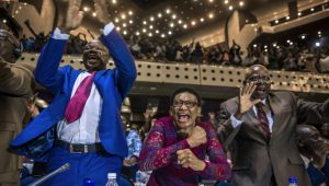 Zimbabwe : liesse de joie indescriptible des parlementaires à l'annonce de la démissions de Robert Mugabe
